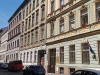 Apartmánový dům Praha Karlín - rekonstrukce a nástavba - 01