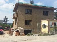 praha-dejvice-nad-zlatnici-rekonstrukce-bytoveho-domu-01