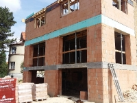 praha-dejvice-nad-zlatnici-rekonstrukce-bytoveho-domu-02